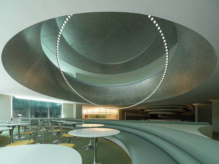 Future Waiting Hall / Various Associates, © Feng Shao
