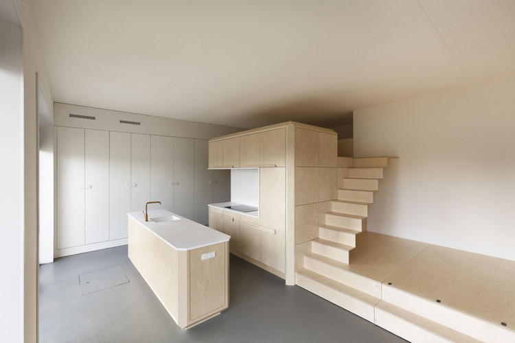 Loft Buiksloterham / Heren 5 Architects. Image © Tim Stet
