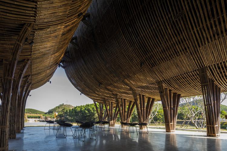Huong An Vien Visiting Center / VTN Architects, © Hiroyuki Oki