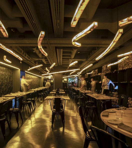 Restaurante FOGO / João Tiago Aguiar Arquitectos, © Fernando Guerra | FG+SG
