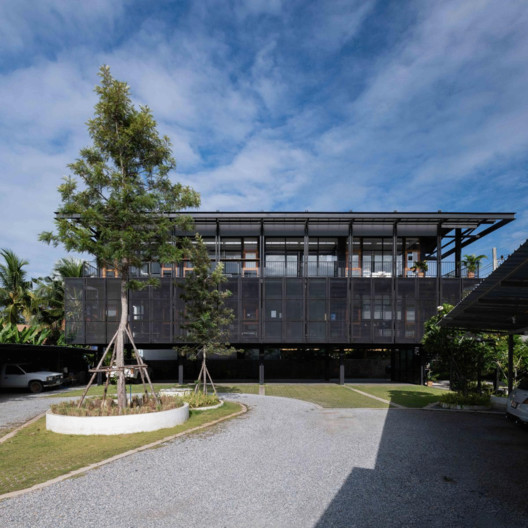 Artisan Digital Office Building / Pantang studio