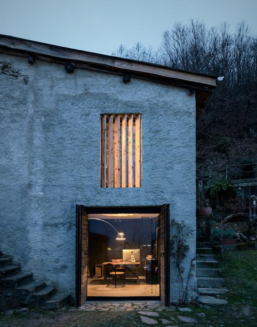 Casa Ca' Giovanni / EV+A Lab Atelier d'architettura. Image © Marcello Mariana