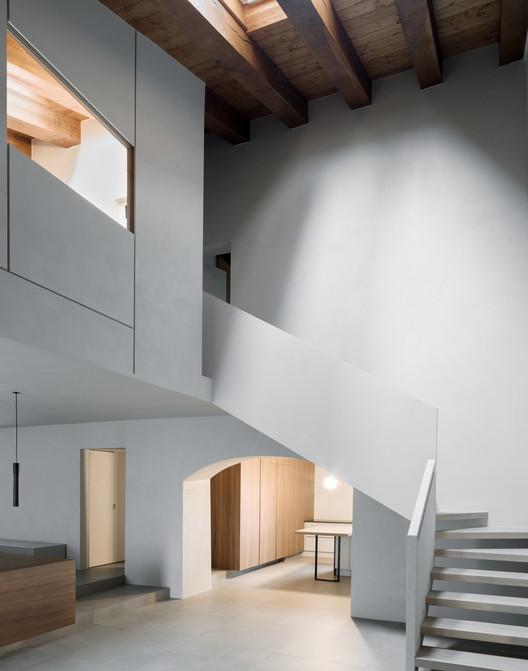 Casa en Montevecchia / a25architetti. Image © Marcello Mariana