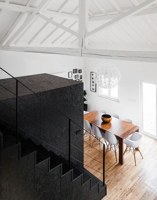 Casa Granero / Inês Brandão Arquitectura. Image © João Morgado