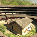 Tulou Dwellings, China. © Flickr user Slices of Light licensed under CC BY-NC-ND 2.0