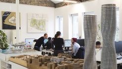 Da faculdade à prática: o caminho percorrido por arquitetos famosos e emergentes