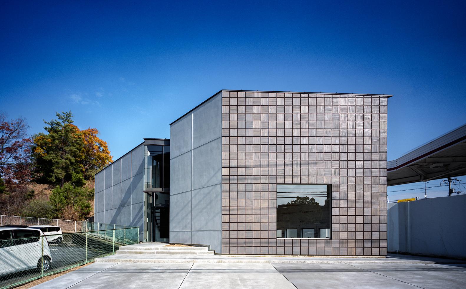 Store+House in Gakuenmae / FujiwaraMuro Architects