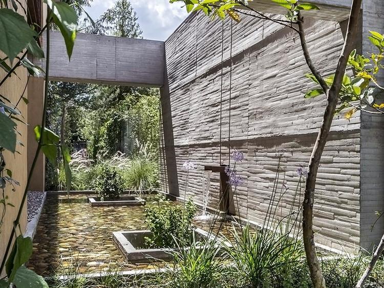 Casa JS-DM / Diez+Muller Arquitectos. Image © Sebastián Crespo