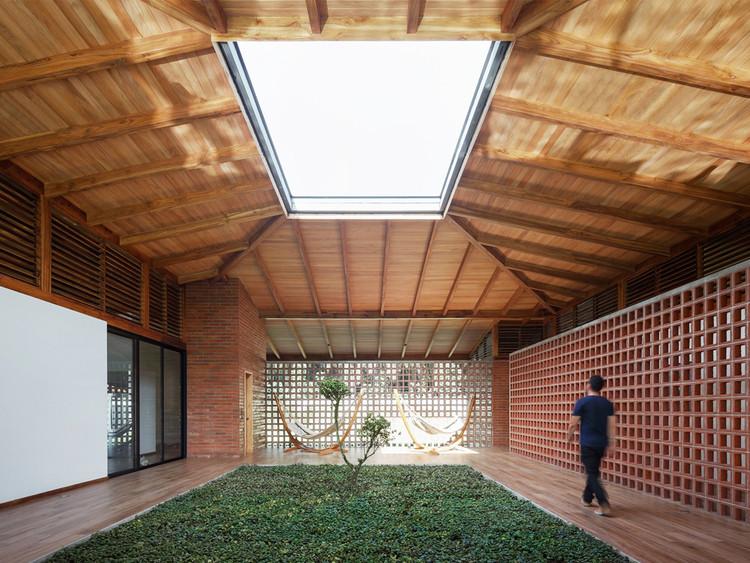 La casa del silencio / Natura Futura Arquitectura. Image © Lorena Darquea