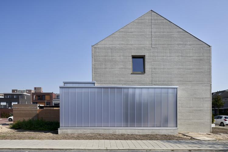 Concrete Split-level House / derksen | windt architecten, © René de Wit