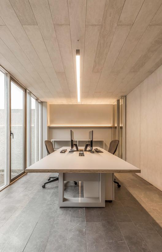 Estudio - Galería Di Vece Arquitectos / Di Vece Arquitectos, © Cesar Bejar