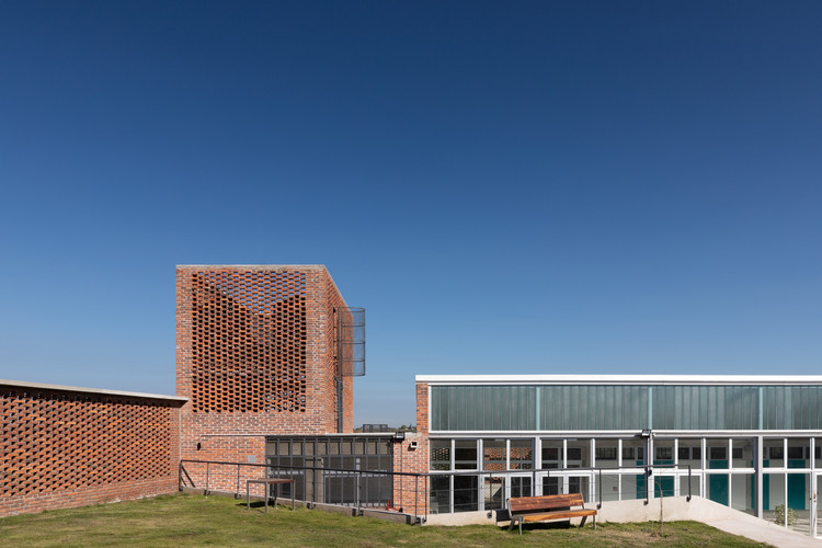 Centro educativo CBT Toledo / Juan Caorsi Castillo + ANEP - DSI, © Mateo Rodríguez Matonte