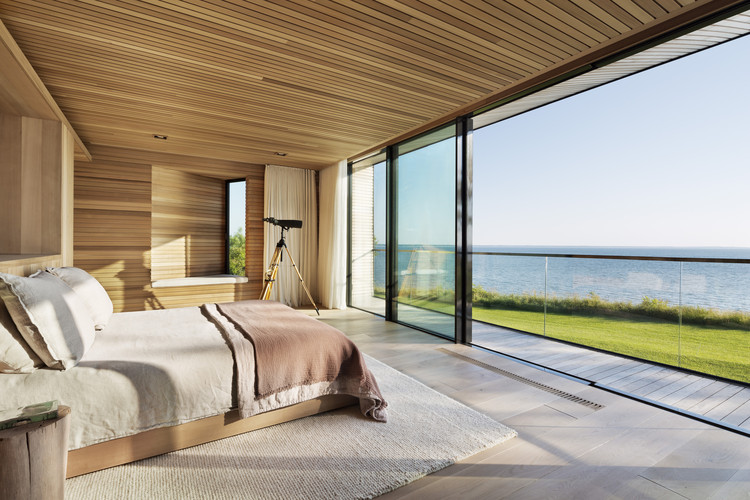 Designing the Hamptons: Long Island's Luxury Homes, © Michael Moran