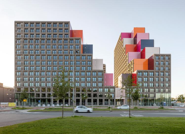 OurDomain Student Housing / OZ Architects, © Marcel van der Burg