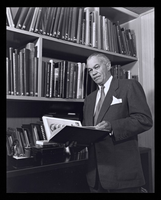 The Getty and USC Launch Talks Shedding Light on the Impact of Architect Paul R. Williams, Portrait of Paul R. Williams, photography by Julius Shulman, 1952. Image © J. Paul Getty Trust. Getty Research Institute, Los Angeles