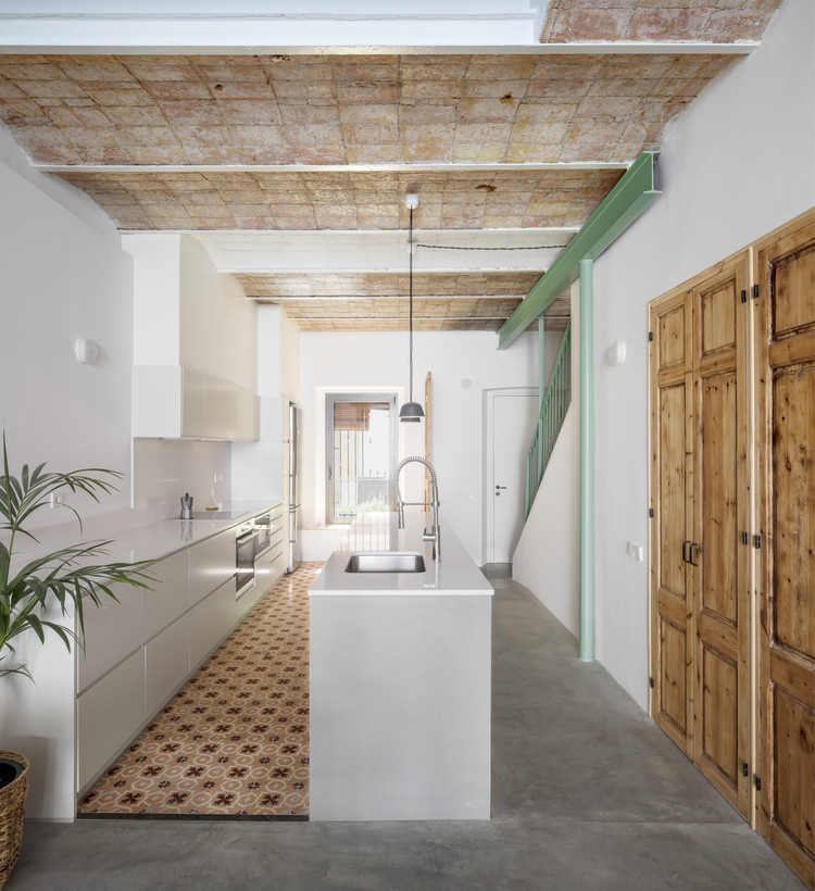 Casa Casernes / CAVAA Arquitectes, © Adrià Goula