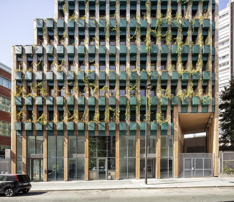 Edifício Residencial Edison Lite / Manuelle Gautrand Architecture, © Luc Boegly
