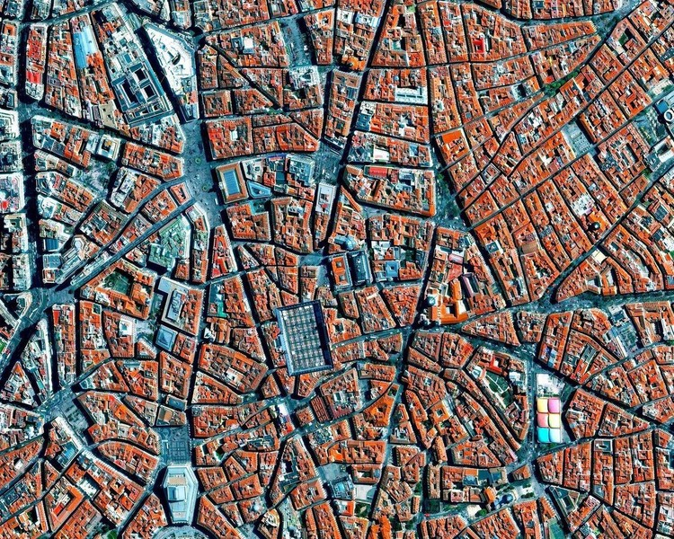 9 Cities with Medieval Plans Seen from Above, Barrio de La Latina, Madrid. Image created by @dailyoverview, source imagery @maxartechnologies