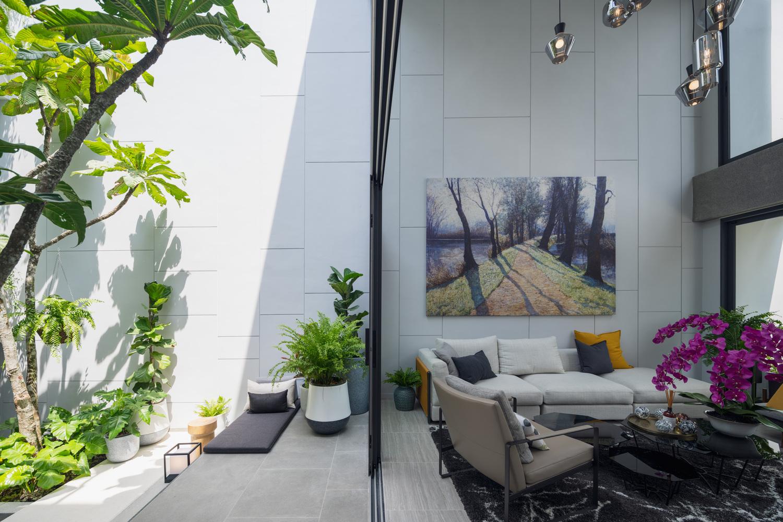 Courtyard Pattanakarn Residence / baan puripuri, © Beersingnoi