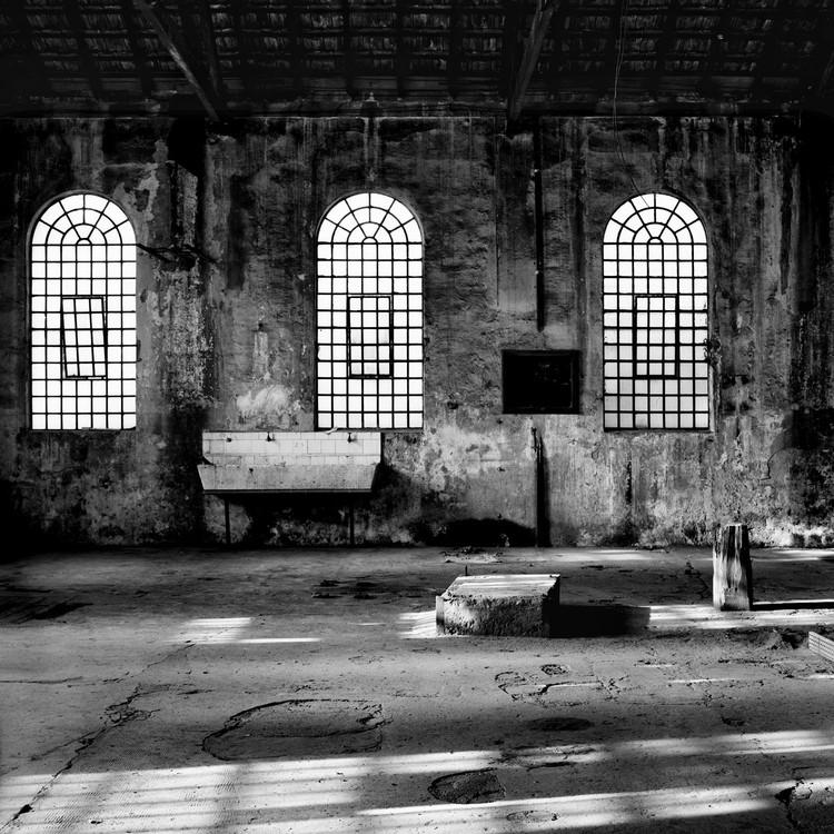 Favela do Moinho: processo de abandono e interesses econômicos no centro de São Paulo, Antigo Matadouro da Vila Mariana. Arte/Cidade 1: A Cidade Sem Janelas. Fotógrafo: Nelson Kon