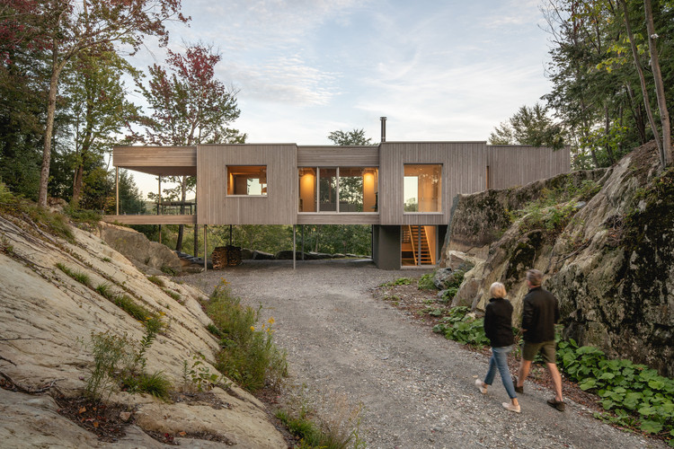 Forest House I / Natalie Dionne Architecture, © Raphaël Thibodeau