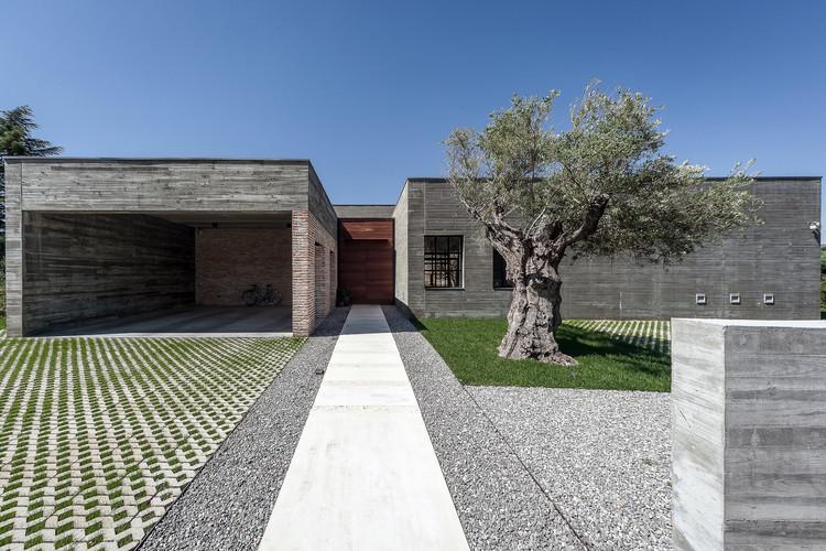 Casa Mouette / Estudio Bespoke + longo+roldán, Cortesía de Cesar F. Prados