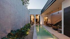 Casa Lupita / Binomio Taller