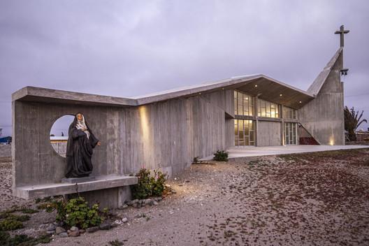 Capilla San Agustín de Punta de Choros / Domenico Albasini Santander - MJA Arquitectura y construcción