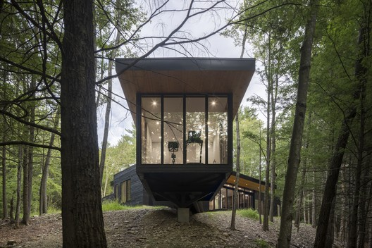 Cat Hill House / Studio MM Architect