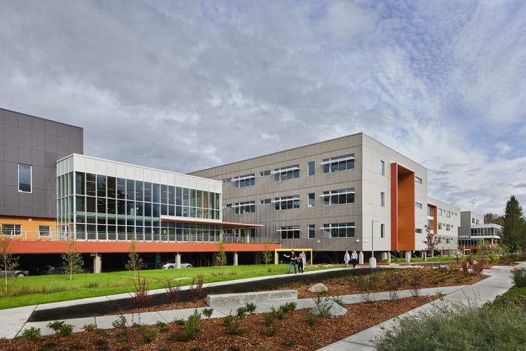 Mount Si High School / NAC Architecture, © Benjamin Benschneider