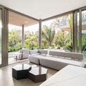 StudioSaxe Courtyard 31 - The Courtyard House: Biệt thự 400m2 hiện đại không gian mở ấn tượng
