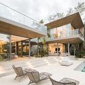 StudioSaxe Courtyard 36 - The Courtyard House: Biệt thự 400m2 hiện đại không gian mở ấn tượng