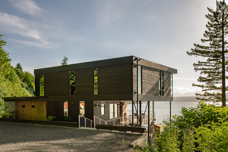 Aldo Beach House / Wittman Estes, © Andrew Pogue