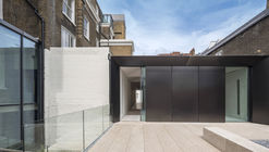 Cromwell Place Exhibition and Working Space / Buckley Gray Yeoman
