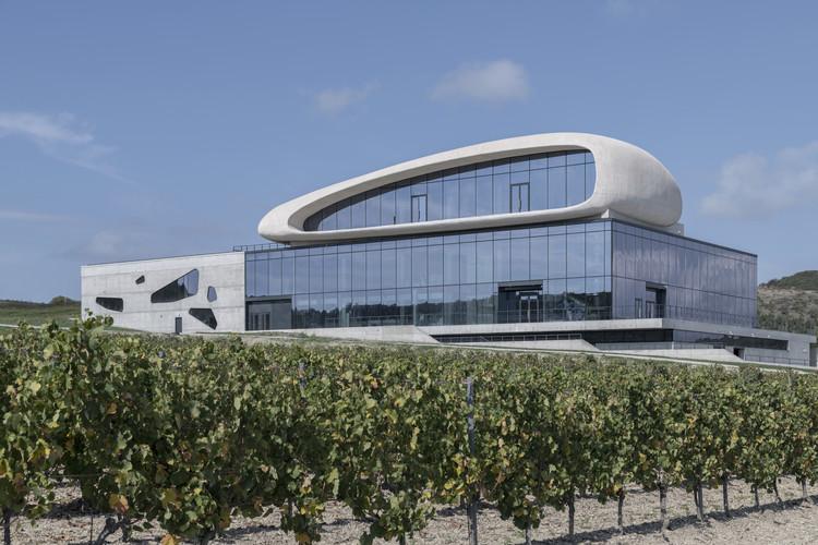 Cote Rocheuse Winery / Severin Project, © Daniel Annenkov