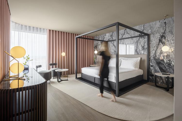 Hotel Azoris Royal Garden / box: arquitectos, © Ivo Tavares Studio