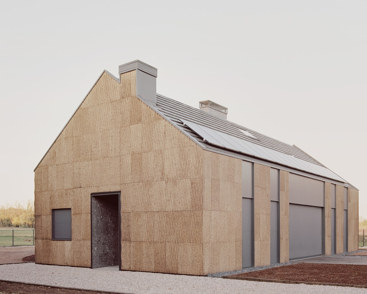 The House of Wood, Straw and Cork  / LCA Architetti / luca compri architetti, © Simone Bossi