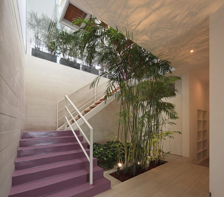 Casa AVE / Martin Dulanto. Image © Juan Solano Ojasi