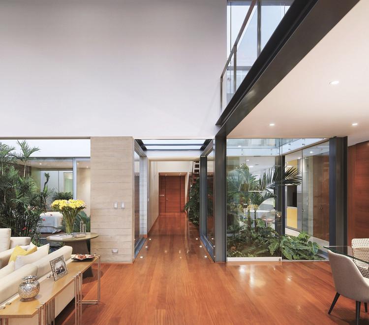 Casa M+L / Domenack Arquitectos. Image © Juan Solano Ojasi