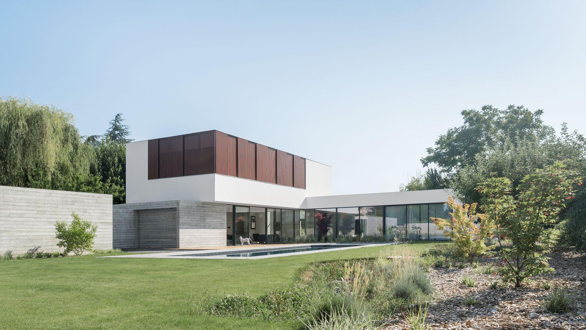 ZD House / Studio ZADES