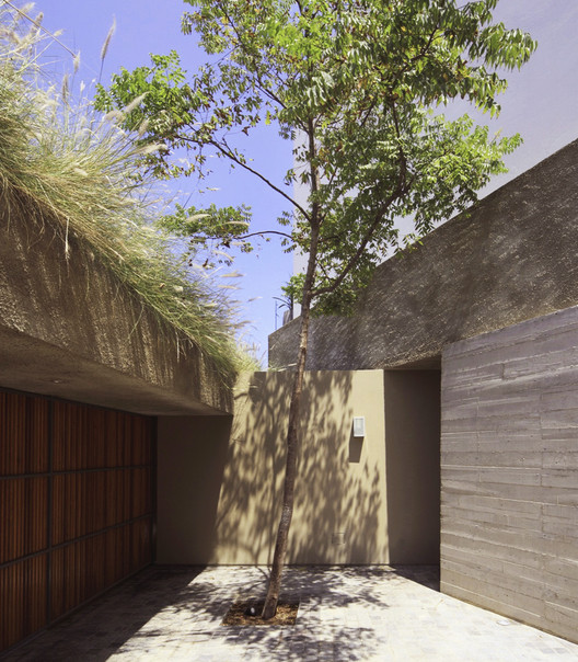 Casa Lapa / Martin Dulanto. Image © Juan Solano Ojasi