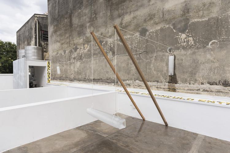 Lastro   Exposição Deslocal, Olhão Barra Funda, 2019. Foto © Julia Thompson