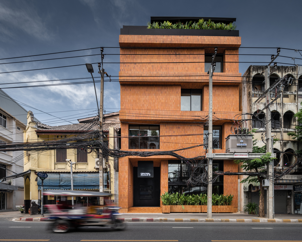 Central : The Original Store / Vincent Van Duysen Architects