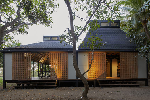 Mumbai Artist Retreat / Architecture BRIO