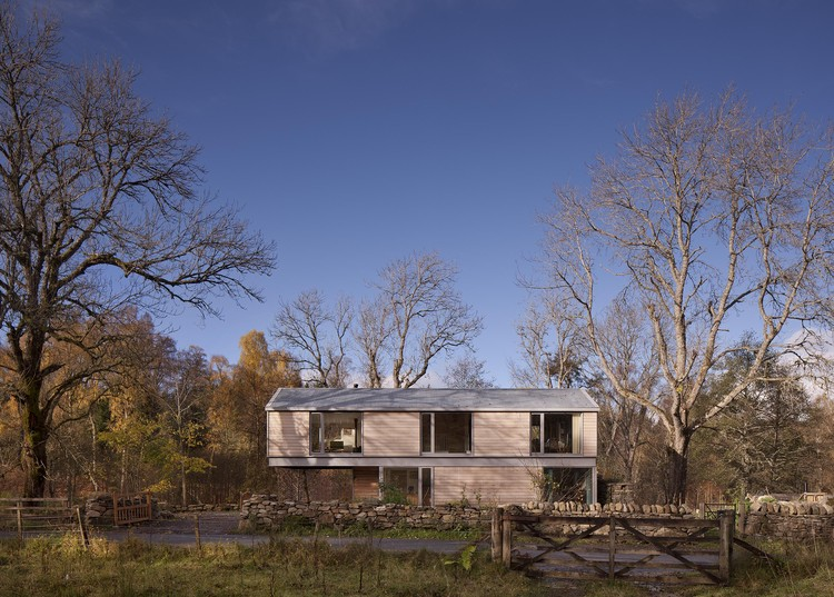 The Flax Mill House / T.A.P., © David Barbour