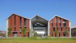 Centro de Pesquisa e Desenvolvimento de Agricultura Fengtay / Bio-architecture Formosana