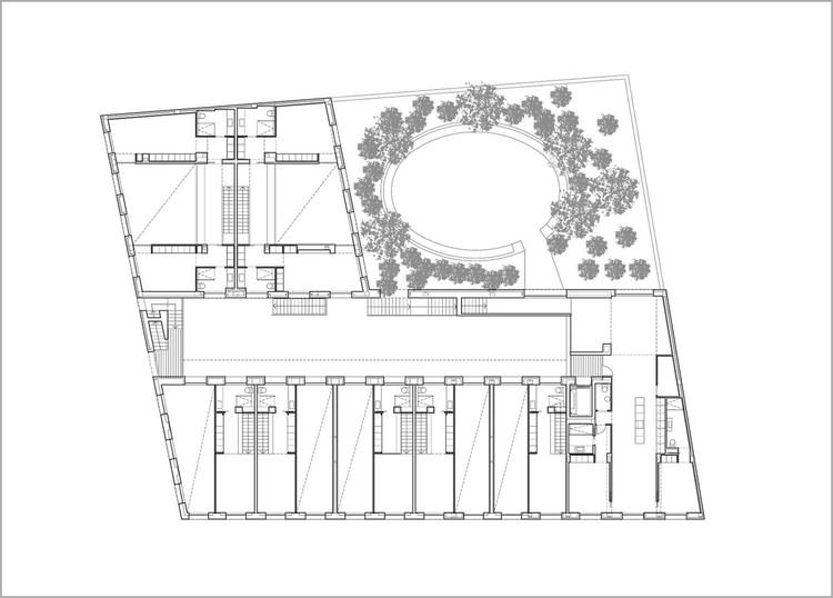 Edificio de viviendas en Sabadell / Cruz y Ortiz Arquitectos. Image