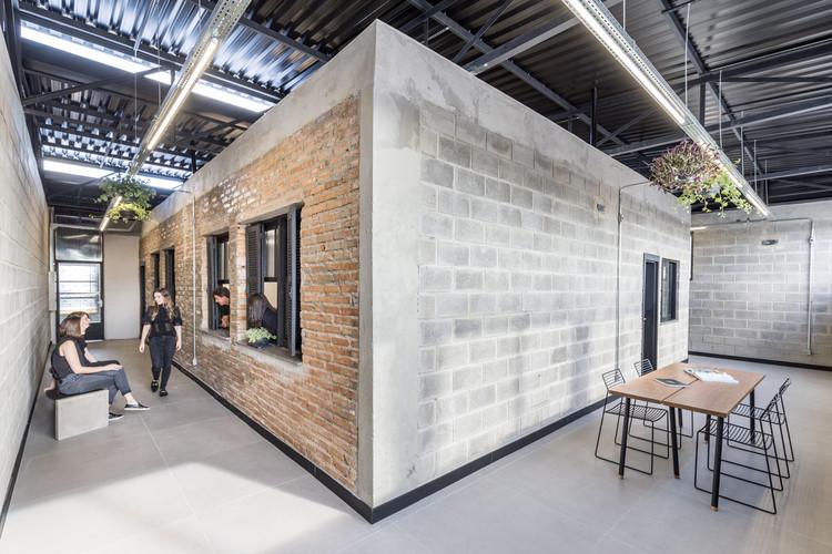 Coworking SP245 / Oficina Conceito Arquitetura, © Marcelo Donadussi