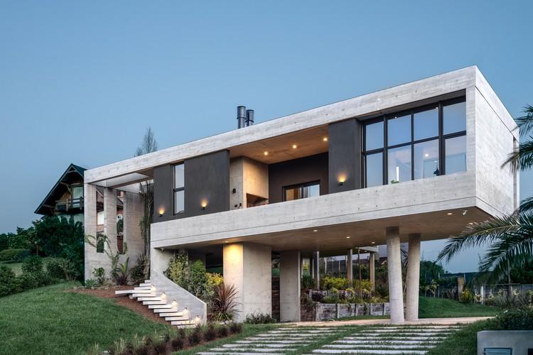 Casa Buen Orden / Guaresti/Altieri Arquitectura, © Mariano Imperial Fotografía