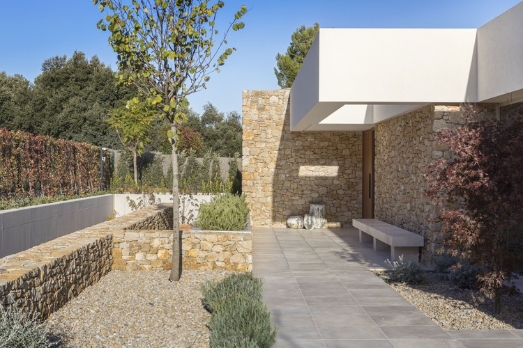 Casa el patio y la vida / Dom Arquitectura , © Jordi Anguera